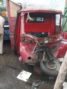 A horrific accident on the Katraj-Kondhwa road sajag nagrikk times sanata