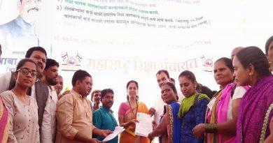 Dhadak-Morcha-aandolan-for-demand-of-rickshaw-drivers-and-Owner